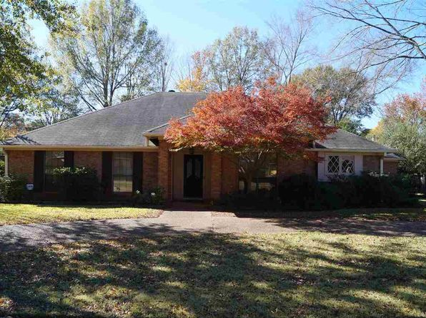4 bed 2.5 bath Single Family at 5359 Fairway St Jackson, MS, 39211 is for sale at 165k - 1 of 3