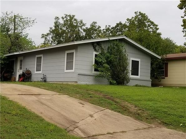 3 bed 1 bath Single Family at 4608 RAINTREE BLVD AUSTIN, TX, 78745 is for sale at 295k - 1 of 2
