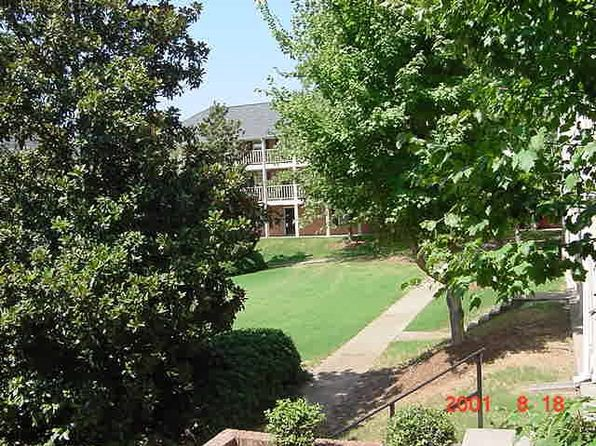 2 bed 1.5 bath Condo at (G206) 250 Elm St Clemson, SC, 29631 is for sale at 70k - 1 of 2