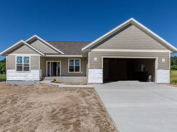3 bed 2 bath Single Family at 139 Emerald Lake Dr Lake City, MN, 55041 is for sale at 360k - 1 of 7