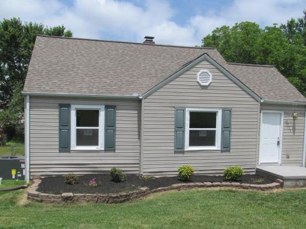 3 bed 1 bath Single Family at 2525 E Clark Ave Maryville, TN, 37804 is for sale at 126k - 1 of 12