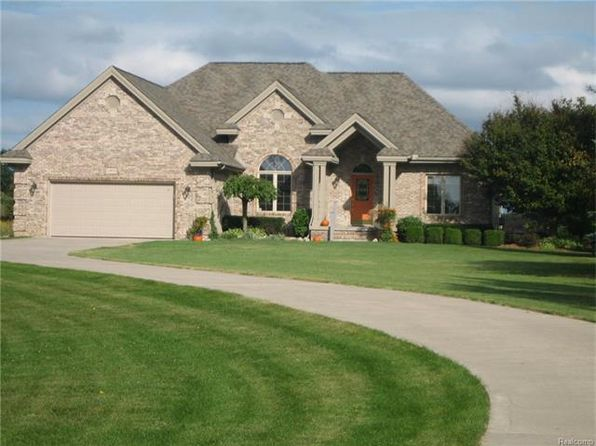 3 bed 3 bath Single Family at 2460 N Henderson Rd Davison, MI, 48423 is for sale at 320k - 1 of 43