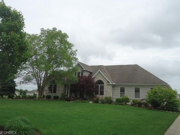 3 bed 2.5 bath Single Family at 10893 Bridle Path Columbia Station, OH, 44028 is for sale at 290k - 1 of 21