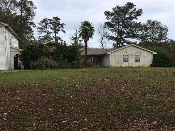4 bed 3 bath Single Family at 140 Colonial Cir Magee, MS, 39111 is for sale at 120k - 1 of 18