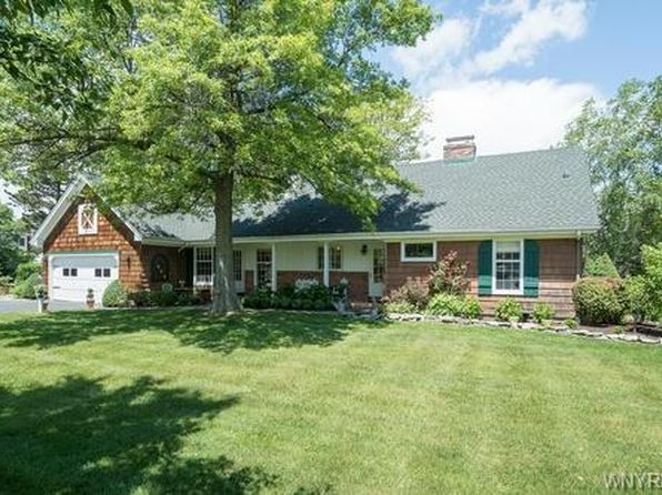3 bed 2 bath Single Family at 4930 Glenwood Dr Williamsville, NY, 14221 is for sale at 340k - 1 of 25