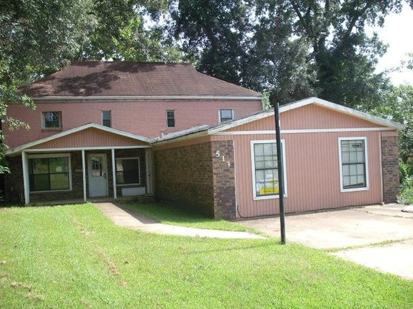 3 bed 2 bath Single Family at 513 Chestnut St Camden, AR, 71701 is for sale at 50k - 1 of 9
