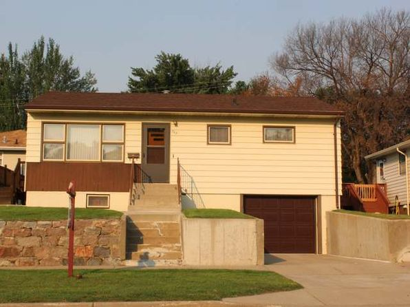 3 bed 1 bath Single Family at 703 6th Ave NE Mandan, ND, 58554 is for sale at 150k - 1 of 17