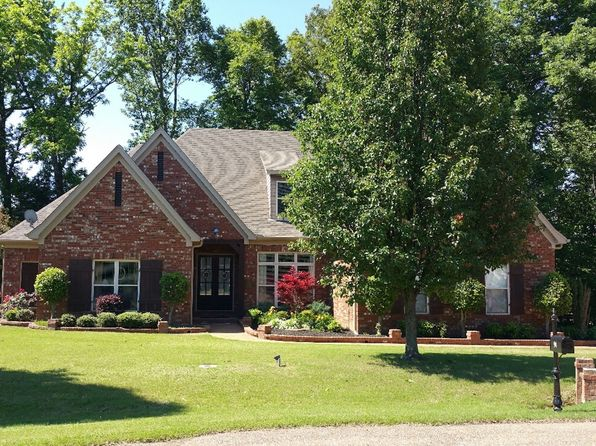 4 bed 3 bath Single Family at 94 Highpointe Cv Atoka, TN, 38004 is for sale at 280k - 1 of 28