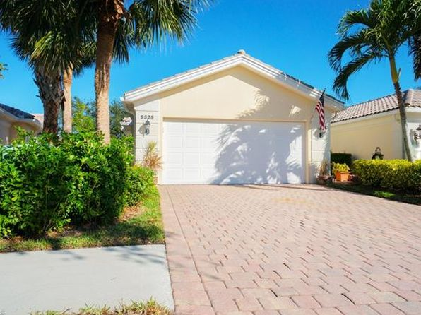 2 bed 2 bath Single Family at 5325 Guadeloupe Way Naples, FL, 34119 is for sale at 325k - 1 of 25