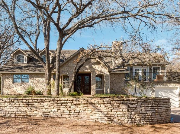 3 bed 3 bath Single Family at 4326 Fairway Dr Granbury, TX, 76049 is for sale at 310k - 1 of 36