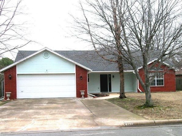3 bed 2 bath Single Family at 2707 PLEASANT VIEW LN BENTONVILLE, AR, 72712 is for sale at 180k - 1 of 2