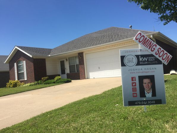 3 bed 2 bath Single Family at 813 SE Jon Dr Bentonville, AR, 72712 is for sale at 125k - google static map