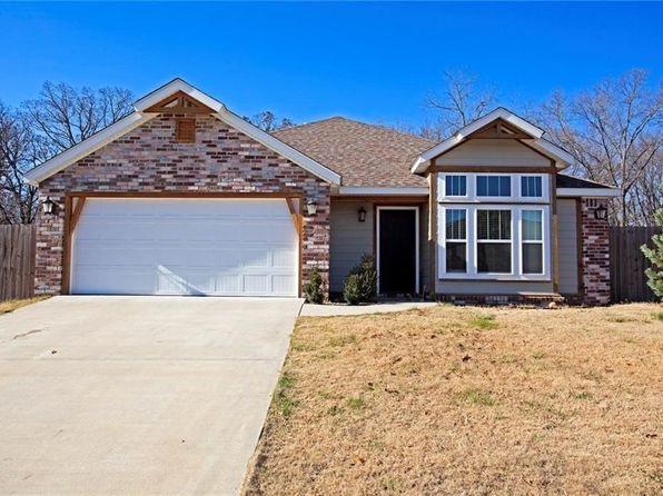 3 bed 2 bath Single Family at 1127 NEMETT DR PEA RIDGE, AR, 72751 is for sale at 167k - 1 of 15