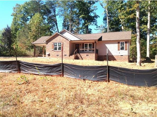 3 bed 2 bath Single Family at 3733 Rolling View Ln Maiden, NC, 28650 is for sale at 200k - 1 of 4