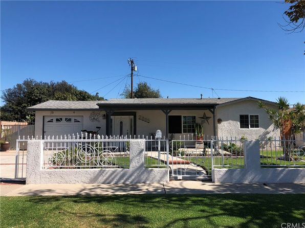 3 bed 2 bath Single Family at 2005 S Pacific Ave Santa Ana, CA, 92704 is for sale at 515k - 1 of 12