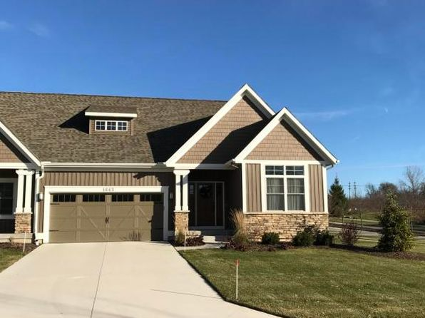 2 bed 2 bath Condo at 1687 N Brandon Ridge Dr NW Walker, MI, 49544 is for sale at 226k - 1 of 3