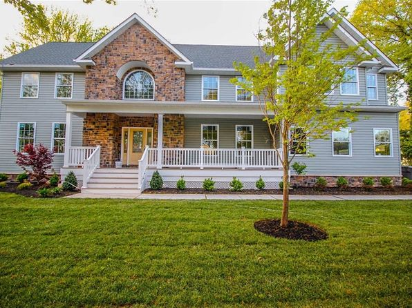 4 bed 3 bath Single Family at 64 Whitman Ave Metuchen, NJ, 08840 is for sale at 695k - 1 of 26