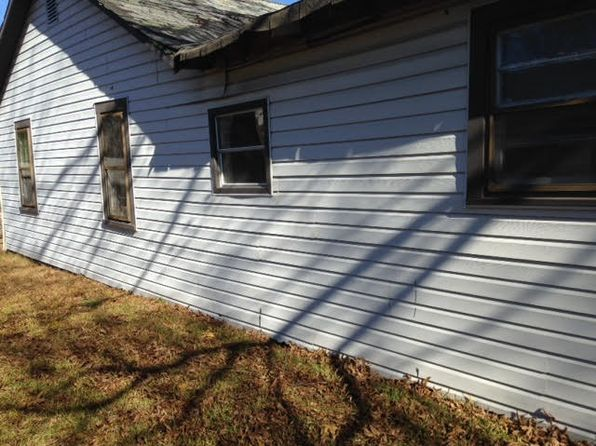 2 bed 1 bath Single Family at 48 Market St Williamston, SC, 29697 is for sale at 13k - 1 of 12
