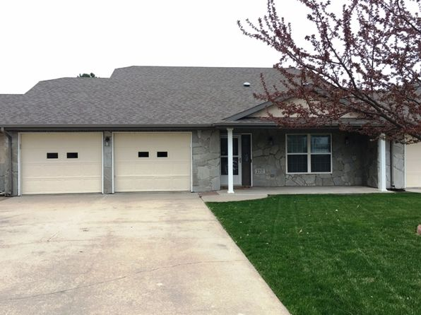 2 bed 3 bath Townhouse at 2717 Newtowne Dr Central City, NE, 68826 is for sale at 150k - 1 of 14