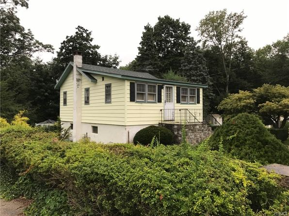 3 bed 2 bath Single Family at 5 LOCUST DR GREENWOOD LAKE, NY, 10925 is for sale at 90k - 1 of 7