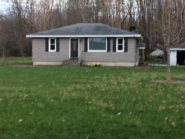 2 bed 1 bath Single Family at 958 Alles Dr SW Byron Center, MI, 49315 is for sale at 200k - 1 of 13