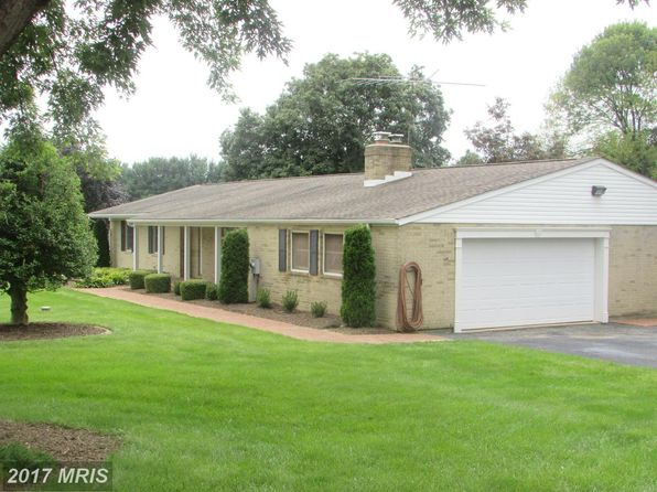 3 bed 3 bath Single Family at 4100 Friar Tuck Way Sykesville, MD, 21784 is for sale at 450k - 1 of 30