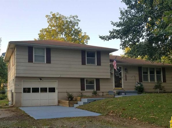 3 bed 2 bath Single Family at 2561 McVey Rd Sedalia, MO, 65301 is for sale at 115k - 1 of 36