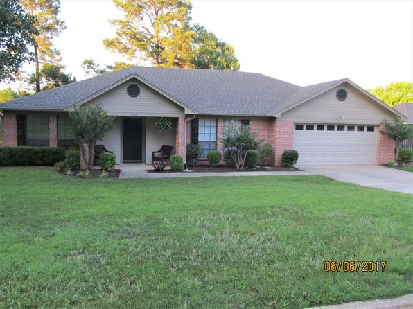3 bed 2 bath Single Family at 123 Arizona Ave Wake Village, TX, 75501 is for sale at 170k - 1 of 43