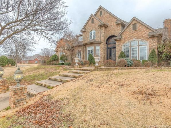 5 bed 6 bath Single Family at 3901 N Country Club Cir Muskogee, OK, 74403 is for sale at 485k - 1 of 21