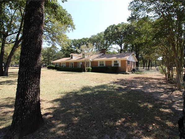 4 bed 3 bath Single Family at 8755 Page Ln Scurry, TX, 75158 is for sale at 400k - 1 of 36