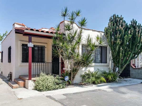 3 bed 2 bath Single Family at 2733 W West View St Los Angeles, CA, 90016 is for sale at 599k - 1 of 27
