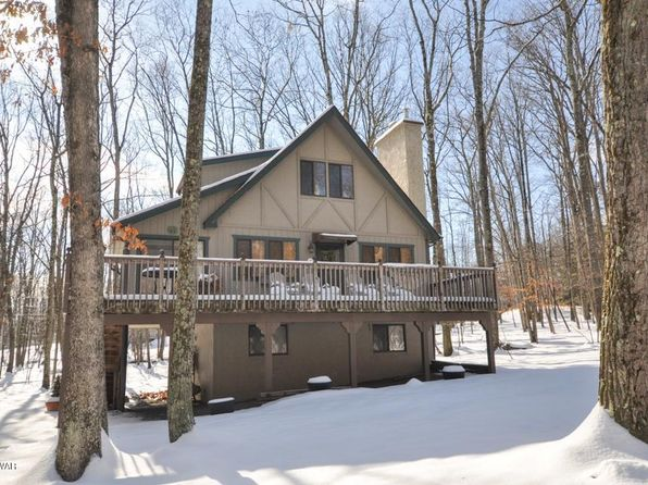 3 bed 2 bath Single Family at 102 Cove Point Cir Lakeville, PA, 18438 is for sale at 235k - 1 of 35