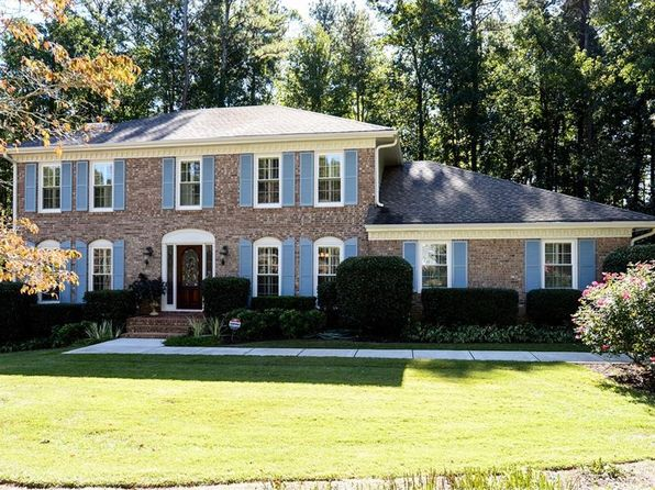 4 bed 3 bath Single Family at 250 Hollyridge Way Roswell, GA, 30076 is for sale at 385k - 1 of 36