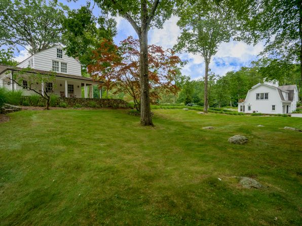 4 bed 5 bath Single Family at 33-35 Siscowit Rd Pound Ridge, NY, 10576 is for sale at 2.15m - 1 of 26