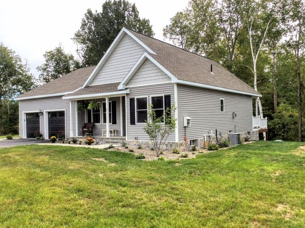3 bed 2 bath Single Family at 2 HAYNER RD STILLWATER, NY, 12170 is for sale at 270k - 1 of 38