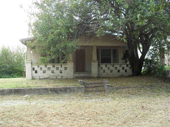 3 bed 1 bath Single Family at 105 N 5th St Arkansas City, KS, 67005 is for sale at 20k - 1 of 8