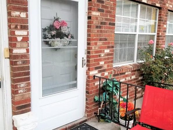 2 bed 2 bath Condo at 276 Temple Hill Rd New Windsor, NY, 12553 is for sale at 127k - 1 of 17