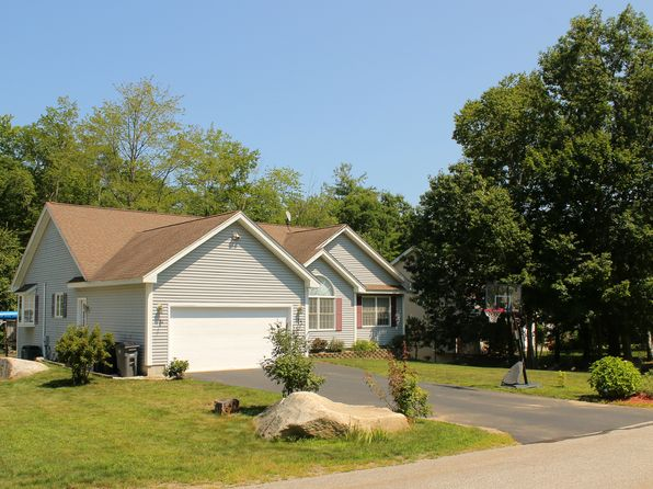 3 bed 2 bath Single Family at 10 Dove Rd Hooksett, NH, 03106 is for sale at 325k - 1 of 41