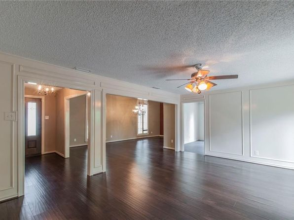 4 bed 3 bath Single Family at 1431 Lincoln Pl Carrollton, TX, 75006 is for sale at 295k - 1 of 31
