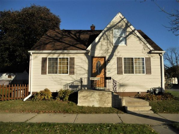 4 bed 1 bath Single Family at 3100 N 75th St Milwaukee, WI, 53216 is for sale at 125k - 1 of 21