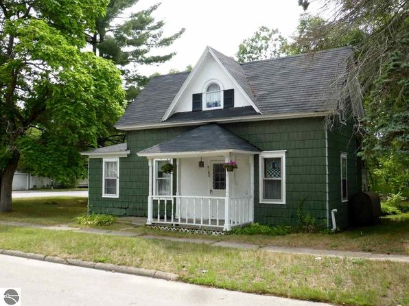 3 bed 1 bath Single Family at 9188 Aura St Kaleva, MI, 49645 is for sale at 53k - 1 of 28