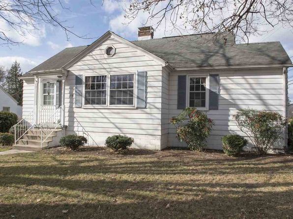 3 bed 2 bath Single Family at 115 S Willow St Harrisonburg, VA, 22801 is for sale at 245k - 1 of 39