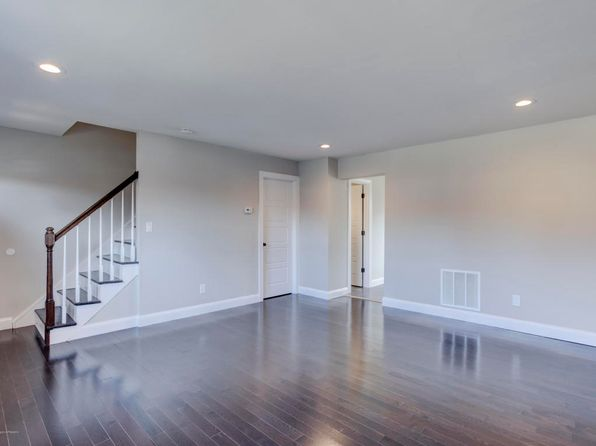 2 bed 2 bath Townhouse at 450 Lonna Ct Brick, NJ, 08724 is for sale at 195k - 1 of 20