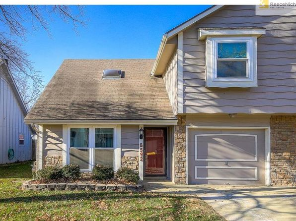 2 bed 2 bath Multi Family at 8592 Perry Ln Overland Park, KS, 66212 is for sale at 138k - 1 of 21
