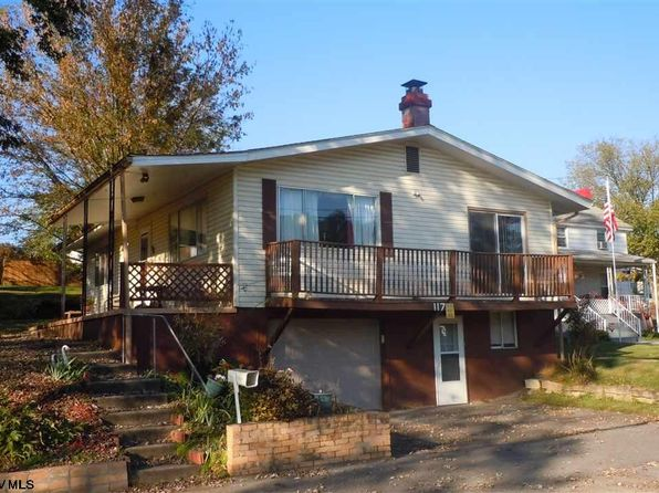 3 bed 3 bath Single Family at 117 Main St Rivesville, WV, 26554 is for sale at 85k - 1 of 13