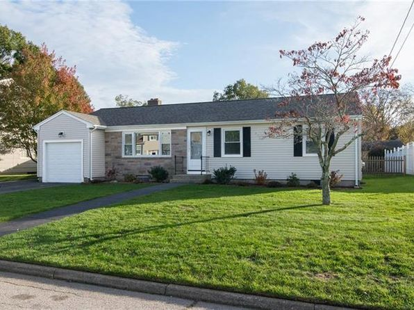 3 bed 1 bath Single Family at 11 Commack Rd East Providence, RI, 02914 is for sale at 290k - 1 of 25