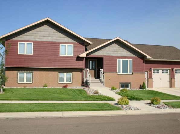 5 bed 3 bath Single Family at 4609 11th St. N.E. St NE Great Falls, MT, 59404 is for sale at 345k - 1 of 23