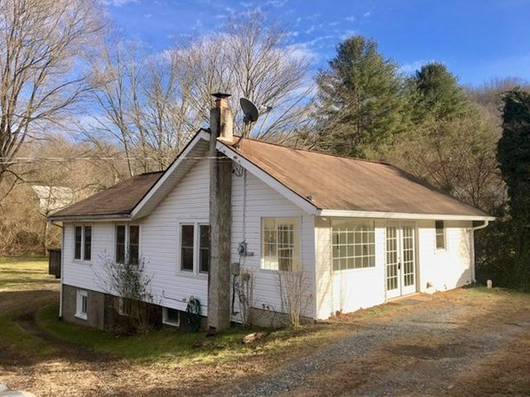 2 bed 1 bath Single Family at 313 Sunrise Park Sylva, NC, 28779 is for sale at 129k - 1 of 17