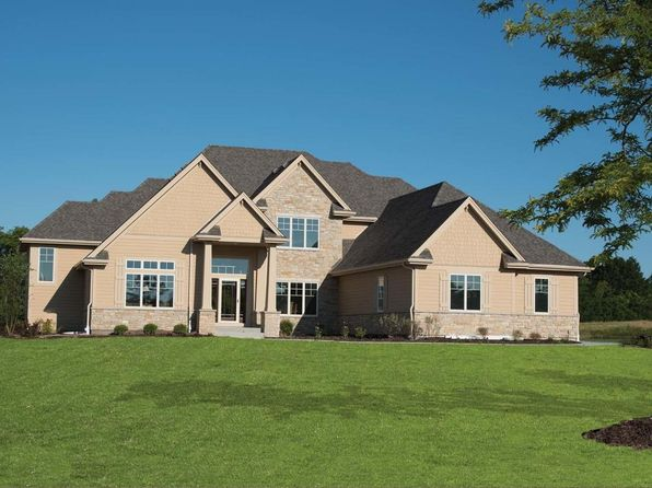 5 bed 5 bath Single Family at 12611 Hawks Glen Dr Mequon, WI, 53097 is for sale at 1.05m - 1 of 25