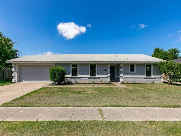 3 bed 2 bath Single Family at 3802 Devonshire Dr Corpus Christi, TX, 78415 is for sale at 205k - 1 of 23